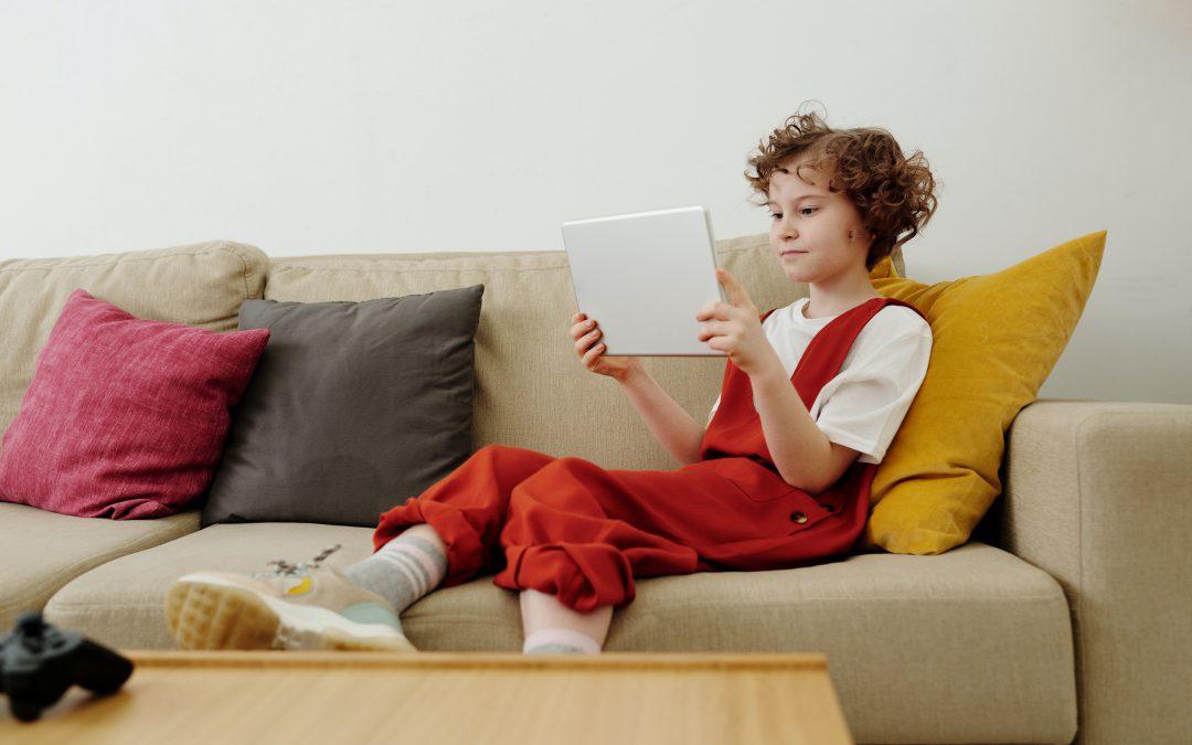 8 Online Learning Games to Prevent the Summer Slip